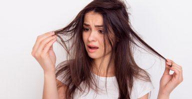 Schluss mit Frizz – So pflegen Sie krauses Haar
