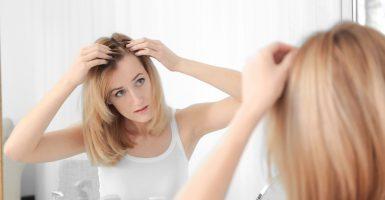 Was tun gegen eine hohe Stirn? – Haarlinie anpassen