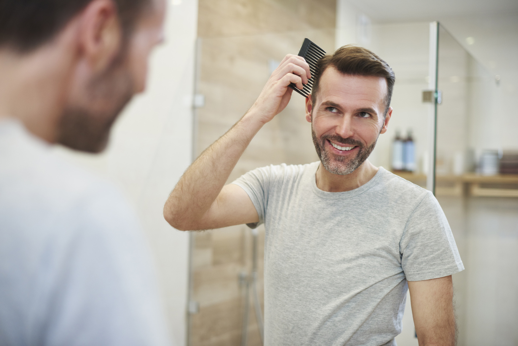 Frisuren Bei Haarausfall Fur Manner Und Frauen Haarzentrum An Der Oper